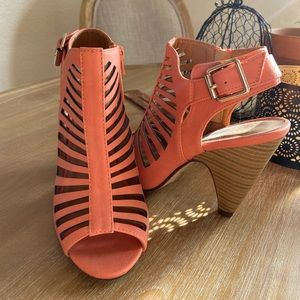 Shoes - Coral Heels